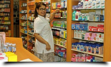 friendly-island-pharmacy front-staff 3 440